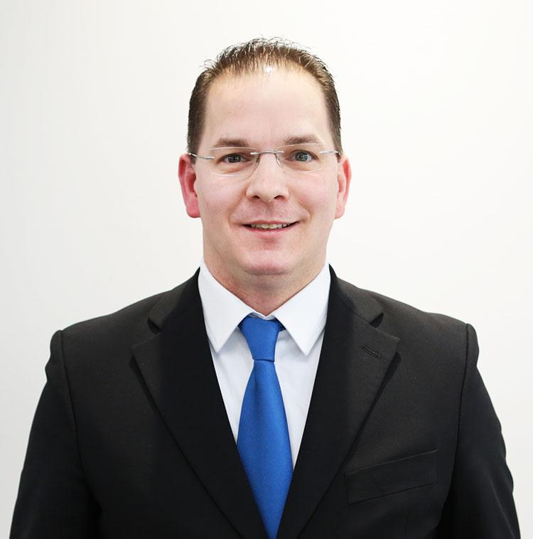 Ralf Fritzsche, Verkauf Renault Transporter