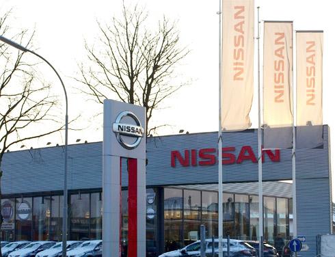Nissan im Autozentrum P&A Geldern