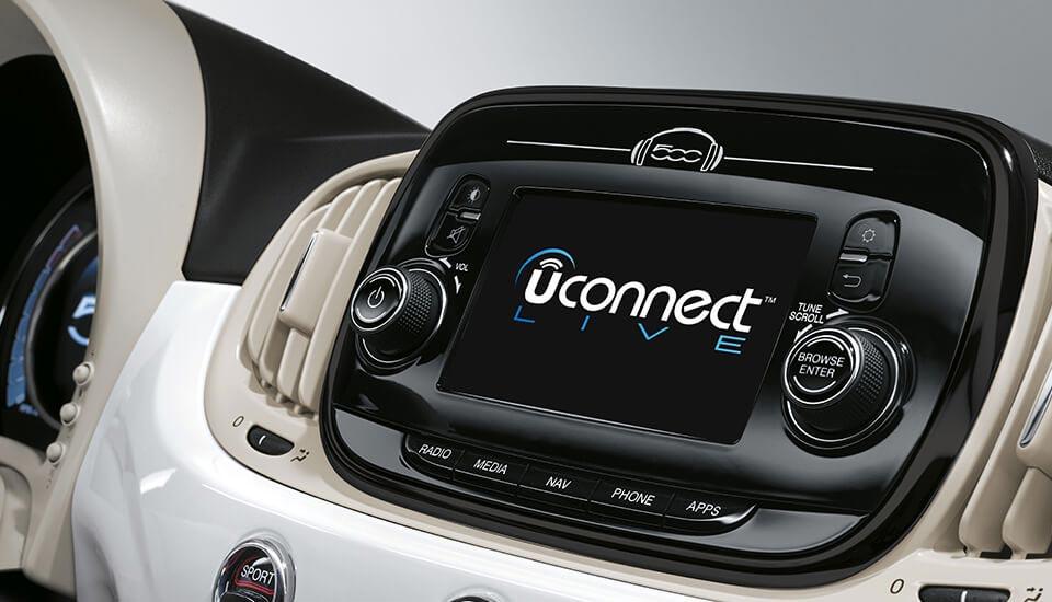 Uconnect Live im Fiat 500