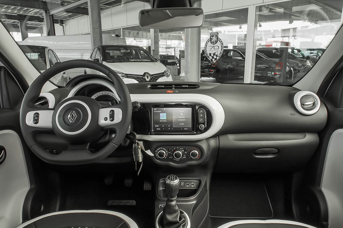 Twingo Innenraum 90 PS Intens