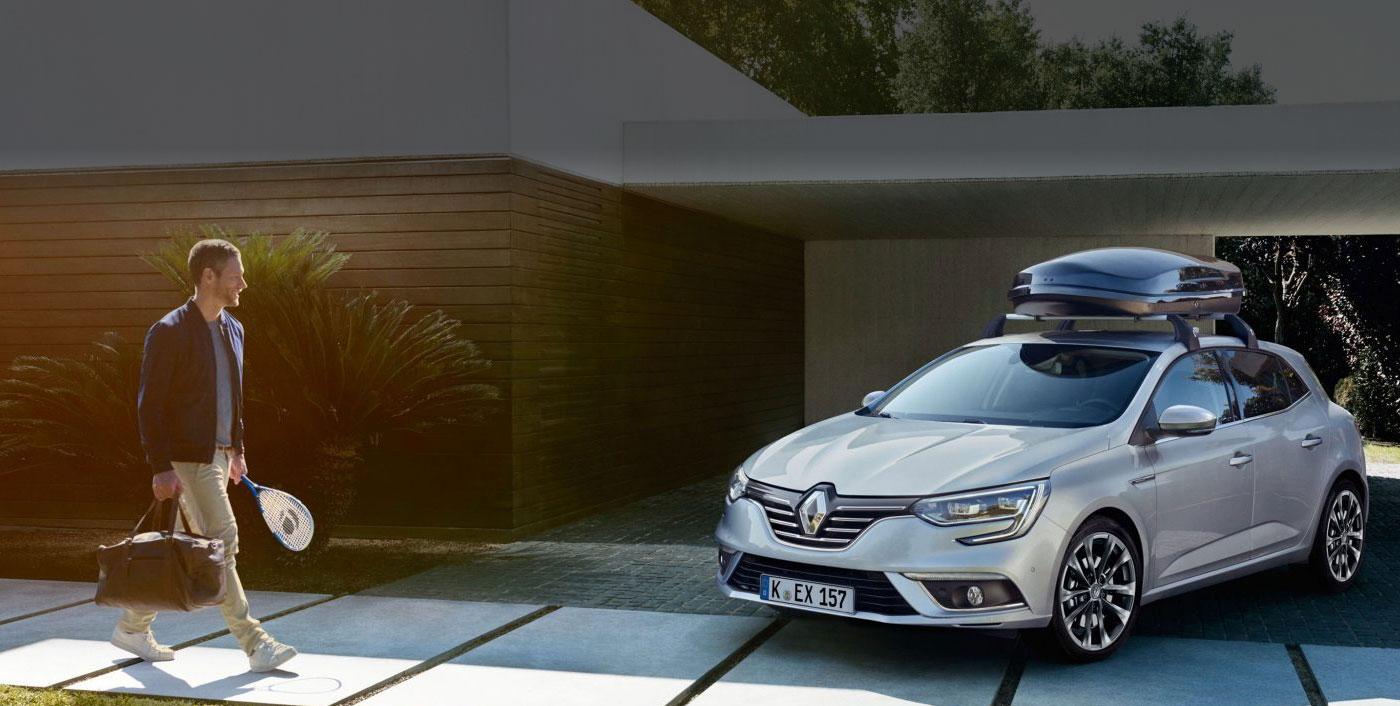 Renault Megane mit Dachbox