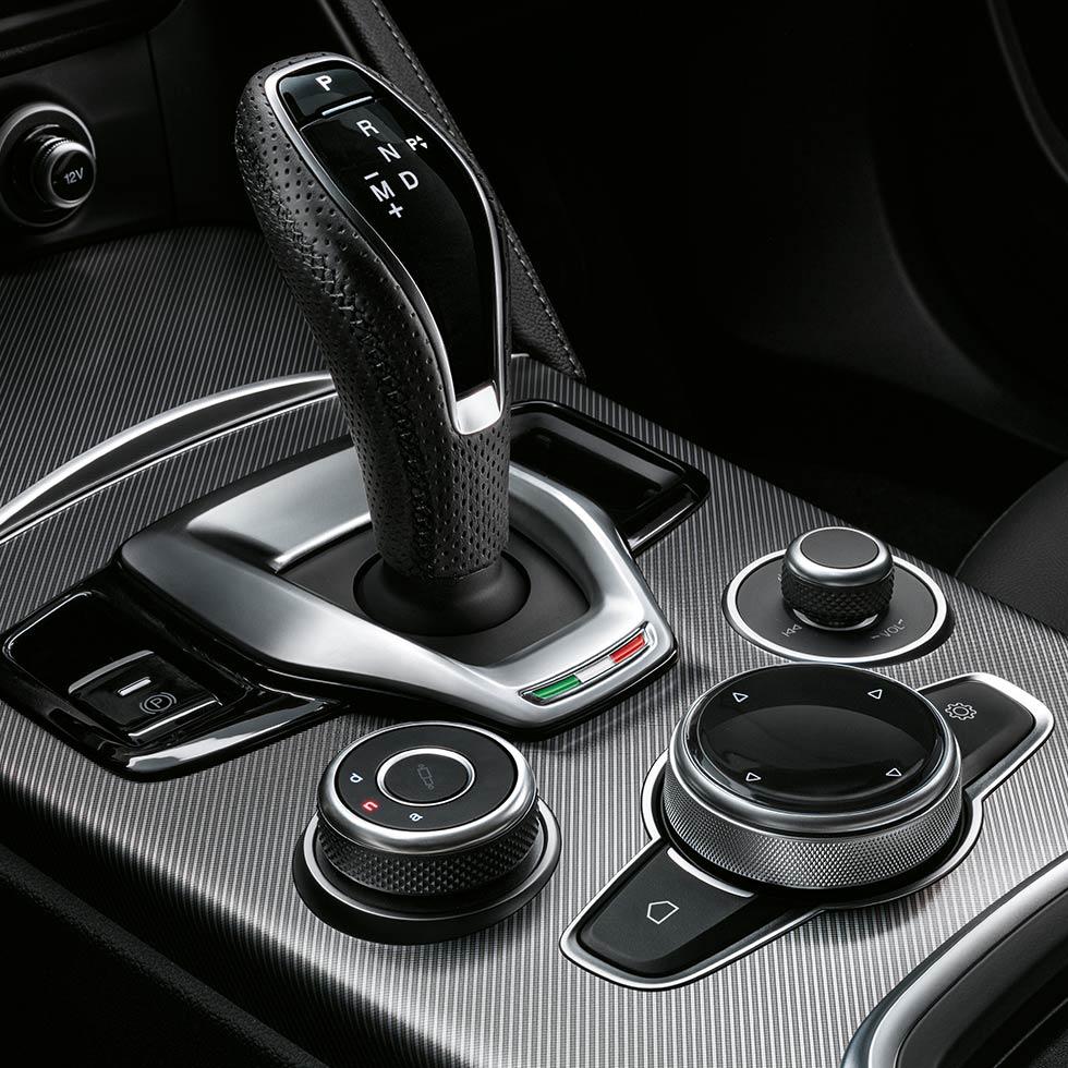 Alfa Romeo Stelvio Autozentren P&A - Preckel
