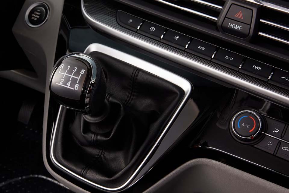 Maxus Deliver 9 mit 6-Gang Schaltgetriebe